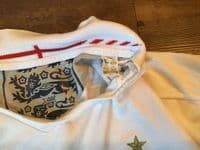 Classic Football Shirts | 2006 England Vintage Old Soccer Jersey